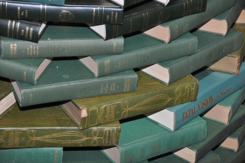 Book tree by Juniper Books