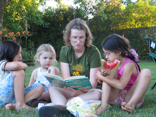 Storytime, photo by Flickr user DeaPeaJay