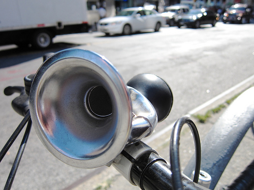 Bicycle Horn photo by Rob Nguyen via Flickr